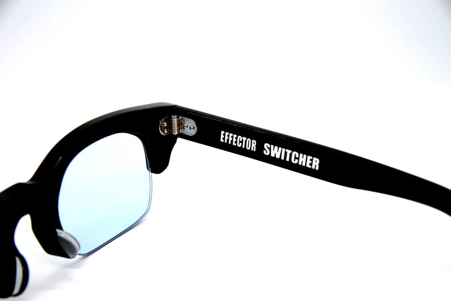 SWITCHER BK(BL)